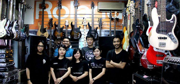 Hari Hari Musik: Toko Musik Paling Lengkap di Jakarta