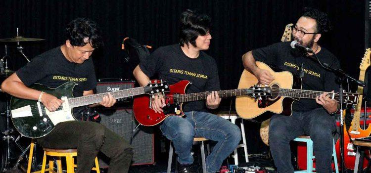 Gitaris Teman Semua: The Life of Session Musician