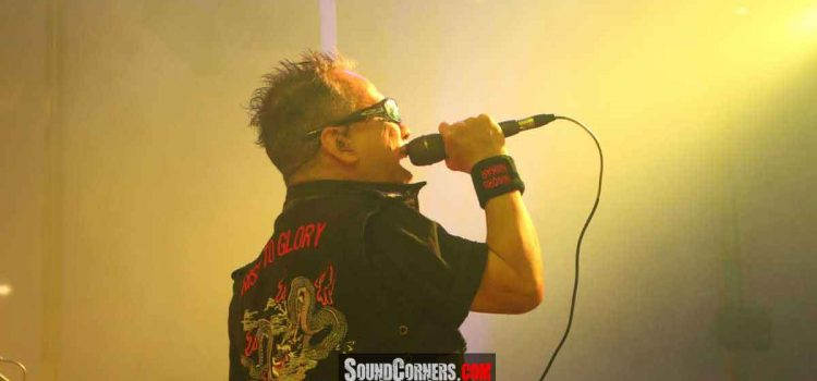 Loudness Sapa Fansnya Dengan konser Tunggal Thunder In The East