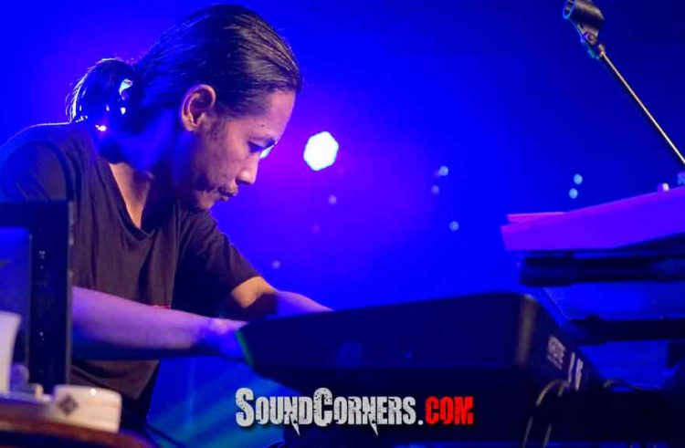 "INDRA QADARSIH Perform Oxytron ""KAJEMBARAN""dan""AMBEG UTAMA"" Semoga Indonesia Raya Sehat Tentrem"